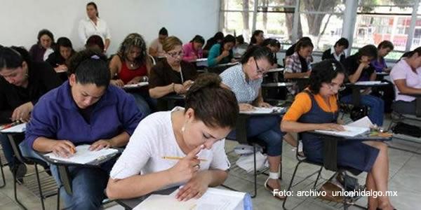 Comisi n nacional de servicio civil se pronuncia sobre for Concurso docentes exterior 2016