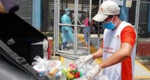 kits de higiene a familias vulnerables